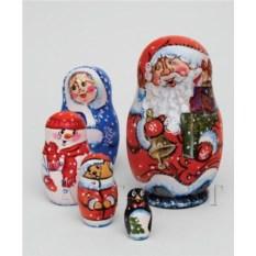 Матрешка из пяти элементов Семейка Деда Мороза