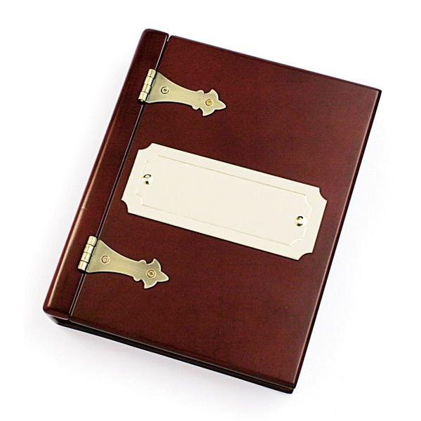 Шкатулка для офисных аксессуаров в виде книги