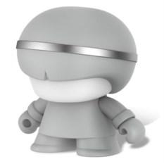 Портативный серебристый динамик Bluetooth Xoopar Mini XBoy