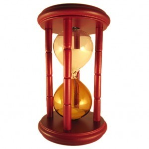 Песочные часы из темного дерева (15 мин.)