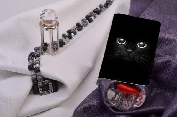 Кожаная обложка для паспорта / автодокументов Черный кот