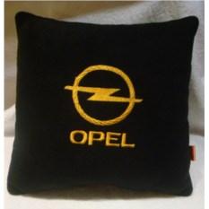 Черная с желтой вышивкой подушка Opel