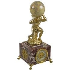 Настольные часы Cronos с основанием из итальянского мрамора.