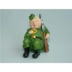 Декоративная фигурка Солдат на привале