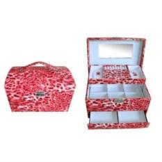 Красная шкатулка, размер 30х19х19см