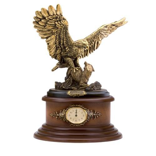 Часы Поединок орла с шакалом