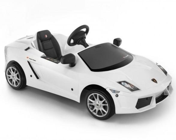 Машинка Lamborghini с педалями