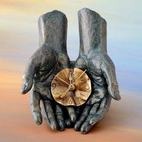 Часы Время в твоих руках