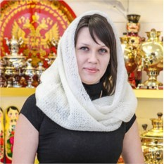 Пуховый оренбургский ажурный платок (экрю)
