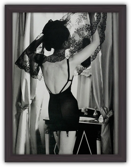 Картина (репродукция) Кружевное отражение (Девушка у зеркала)
