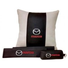 Набор из подушки и накладки на ремень и ключницы Mazda