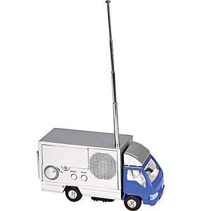 Грузовой автомобиль с радио