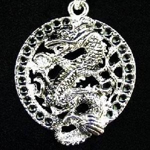 Кулон «Дракон с жемчужиной»