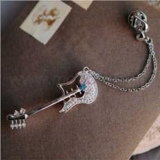 Брошь «Гитара» с цепочкой-подвеской и голубым кристаллом