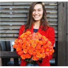 Букет из 51 оранжевой розы Кения