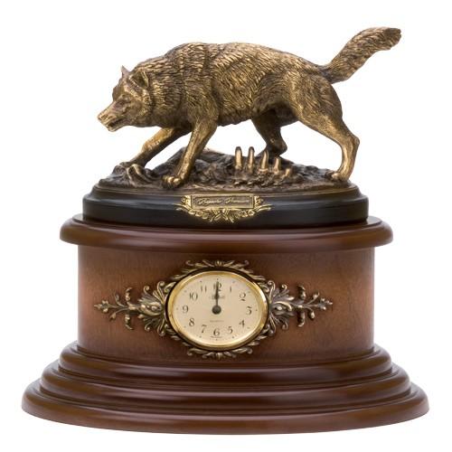 Часы Волк