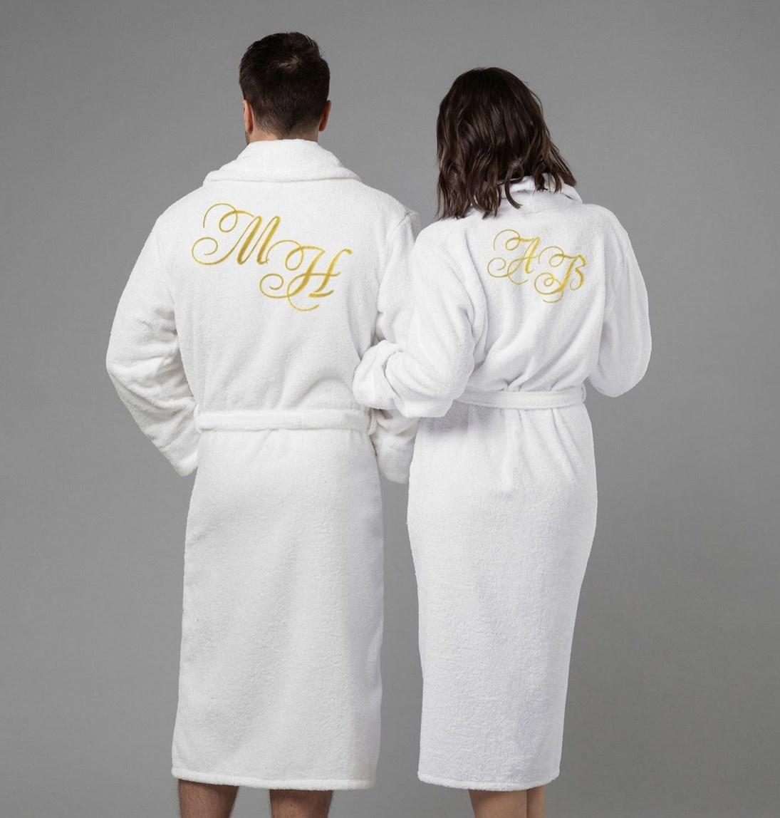 Комплект халатов с вышивкой Инициалы