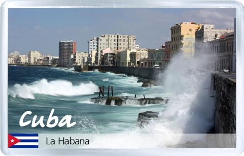 Магнит на холодильник: Куба. Набережная Гаваны