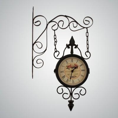 Часы с двух сторон кварцевые