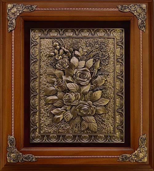 Деревянная ключница Розы