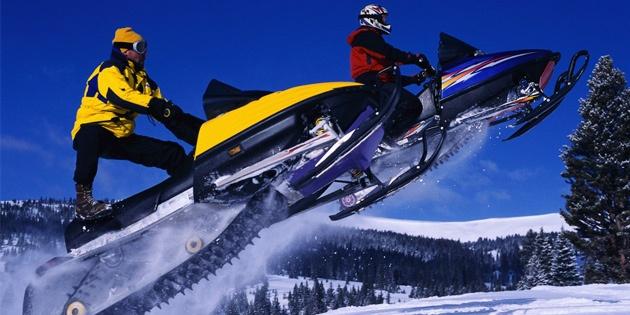 Катание на снегоходе для одного (30 мин)
