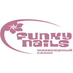 Сертификат сети маникюрных салонов «FunkyNails»