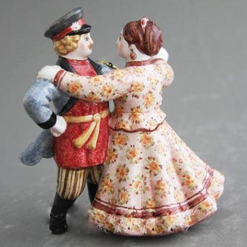 Елочная игрушка Кадриль