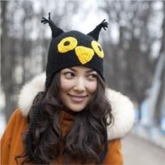 Вязаная шапка Черная сова