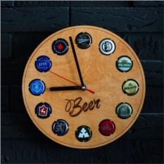Часы-копилка для пивных пробок