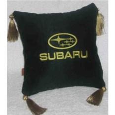Черная подушка с золотой вышивкой и кистями Subaru