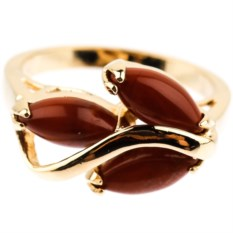 Позолоченное кольцо с яшмой Дафна