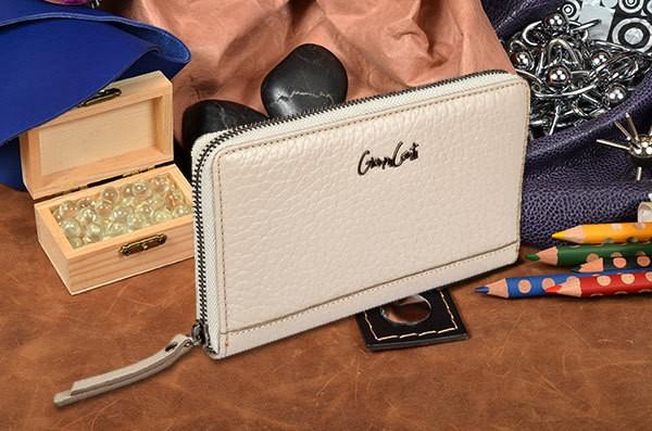 Белый кошелек Gianni Conti