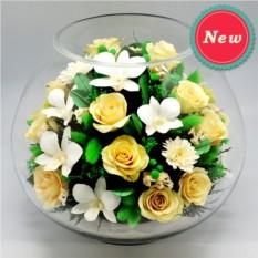 Букет-композиция из роз и орхидей