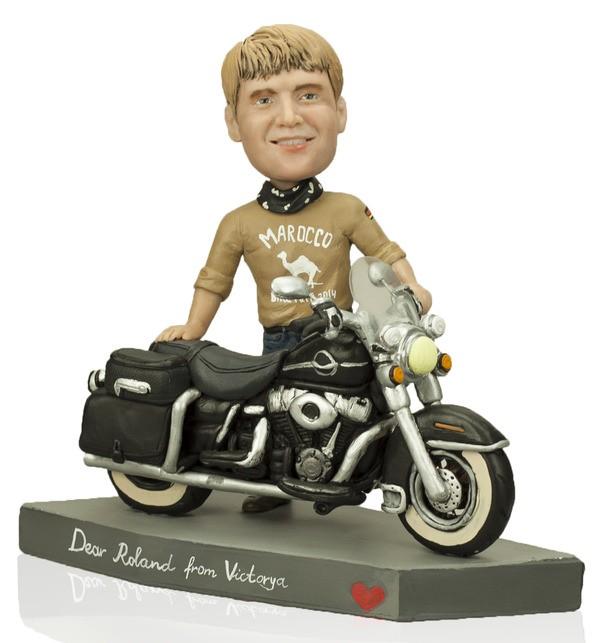 Статуэтка по фото мотоциклисту «Свободный как ветер»