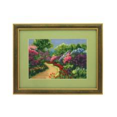 Вышитая картина «В саду»