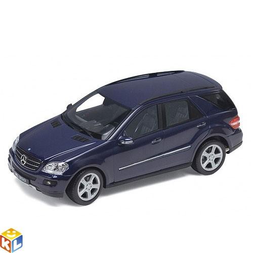 Модель автомобиля Mercedes-Benz ML350