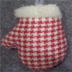 Елочная игрушка Бело-красная варежка