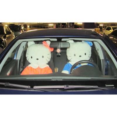 Hello Kitty в машину