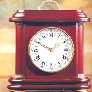 Часы настольные,  орех