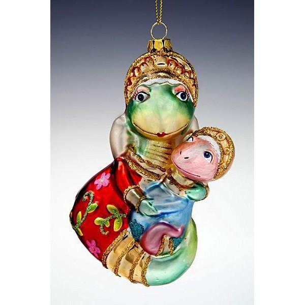 Елочная игрушка Змея с детенышем в русском костюме