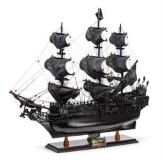 Модель корсара Черная Жемчужина