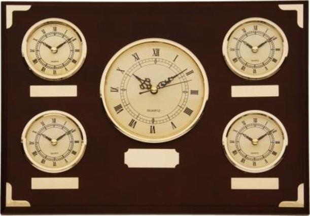Настенные часы с мировым временем