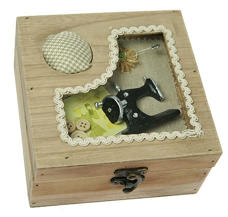 Шкатулка для рукоделия, швейная машинка