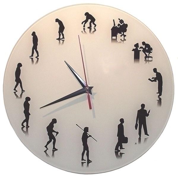 Настенные часы с обратным ходом Эволюция