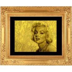 Портрет женщины из золота