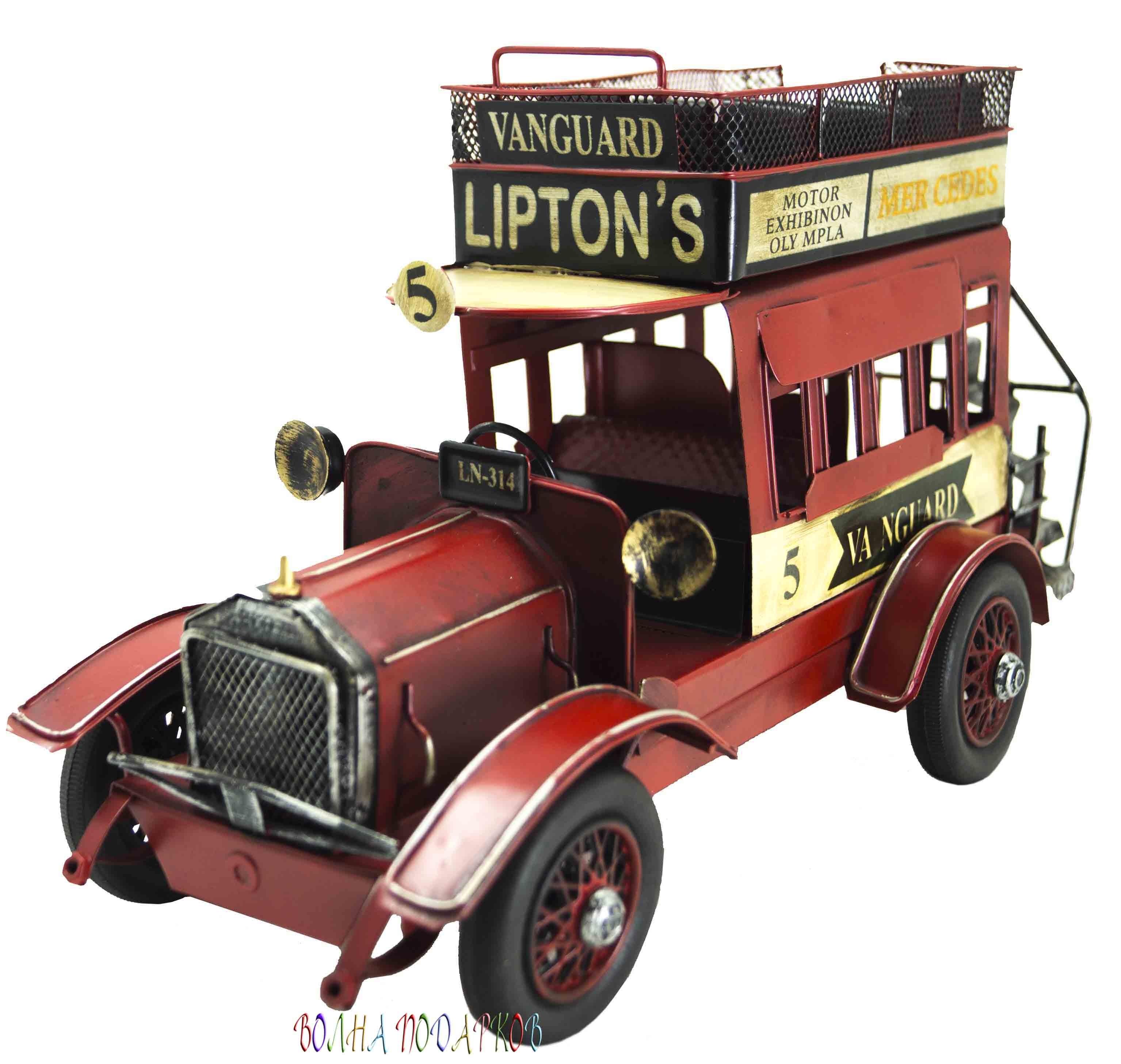 Ретро модель английского автомобиля