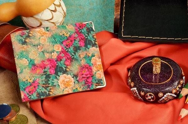 Бежевое кожаное портмоне Поле цветов 39524