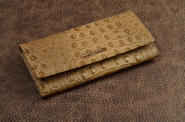 Кошелек из кожи Gianni Conti (серо-коричневый, крокодил)