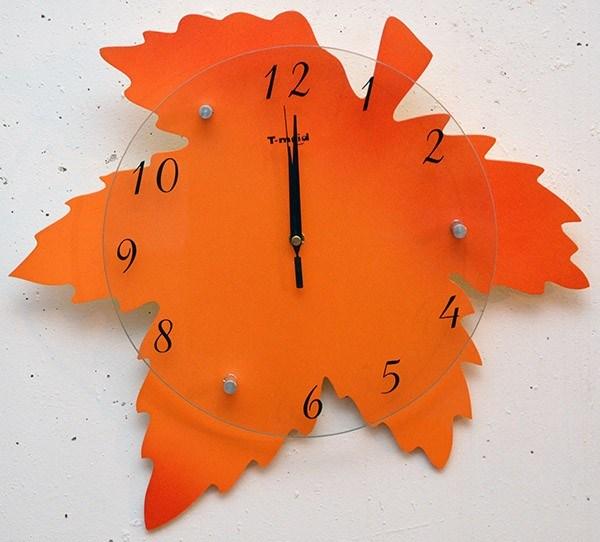 Оригинальные часы Кленовый лист