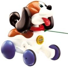 Игрушка на колесиках Tomy Веселый щенок на прогулке